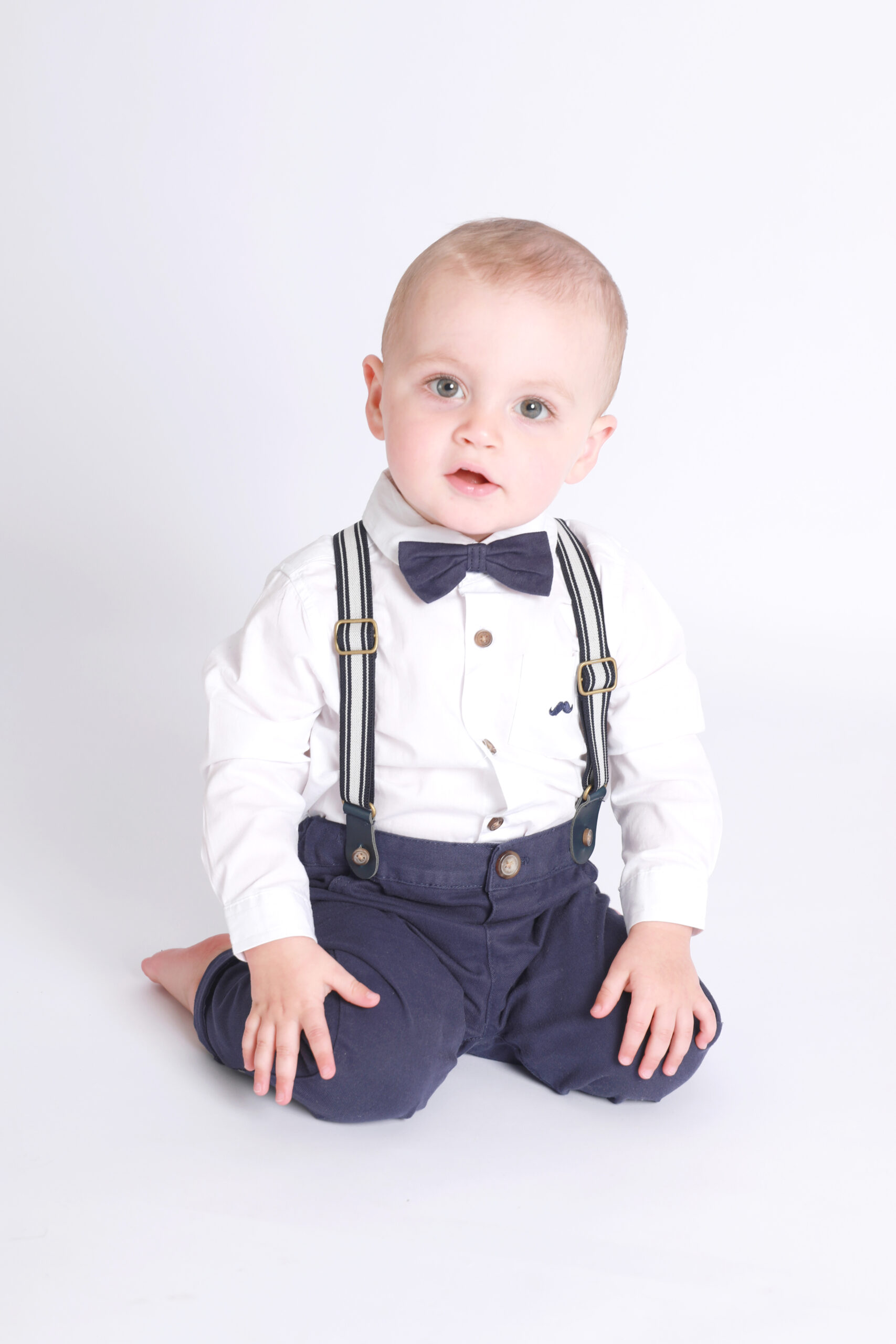little sitters toddler baby photoshoot